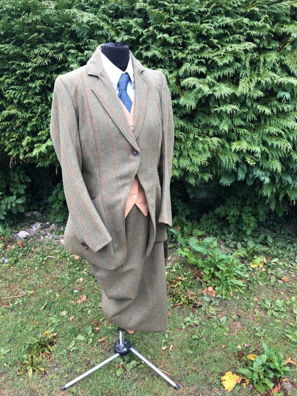 tweed sidesaddle habit